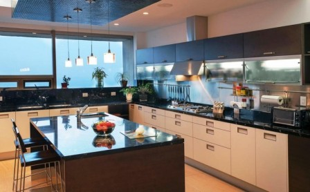 Кухня в сервисной квартире