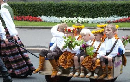 Переезд в Латвию с детьми